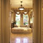 Issa Homes_Valencia @ Abacoa_L61_Tuscany Model_Master Tub